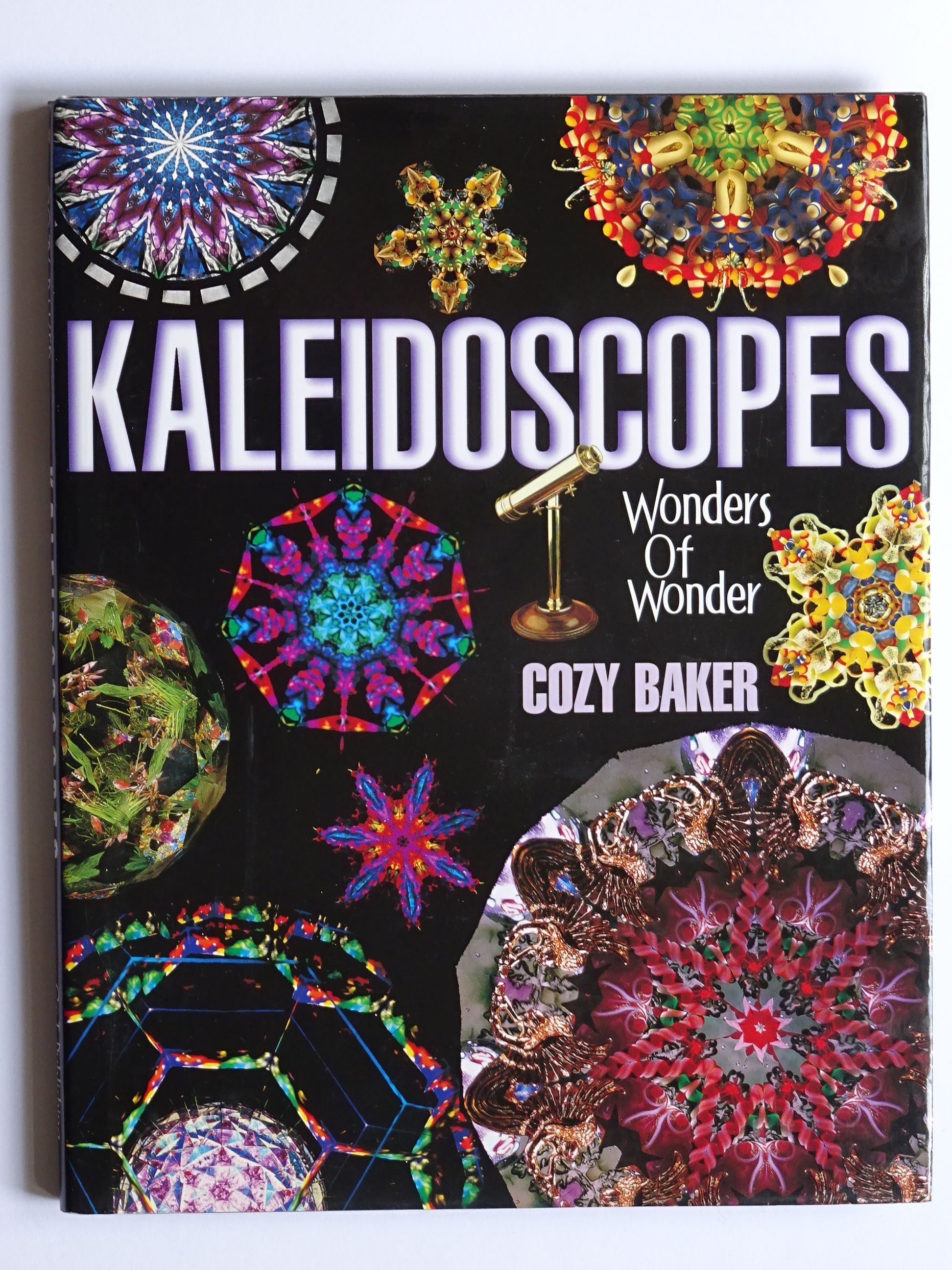 Baker, Cozy - Kaleidoscopes wonders of Wonder